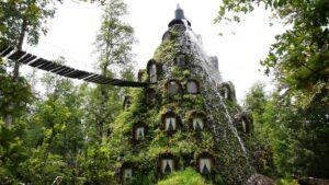 هتل آتشفشانی مونتانا مجیکا