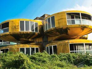 خانه متروکه بشقاب پرنده تایوان