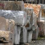 کوپ های سنگ معدن در کارخانه