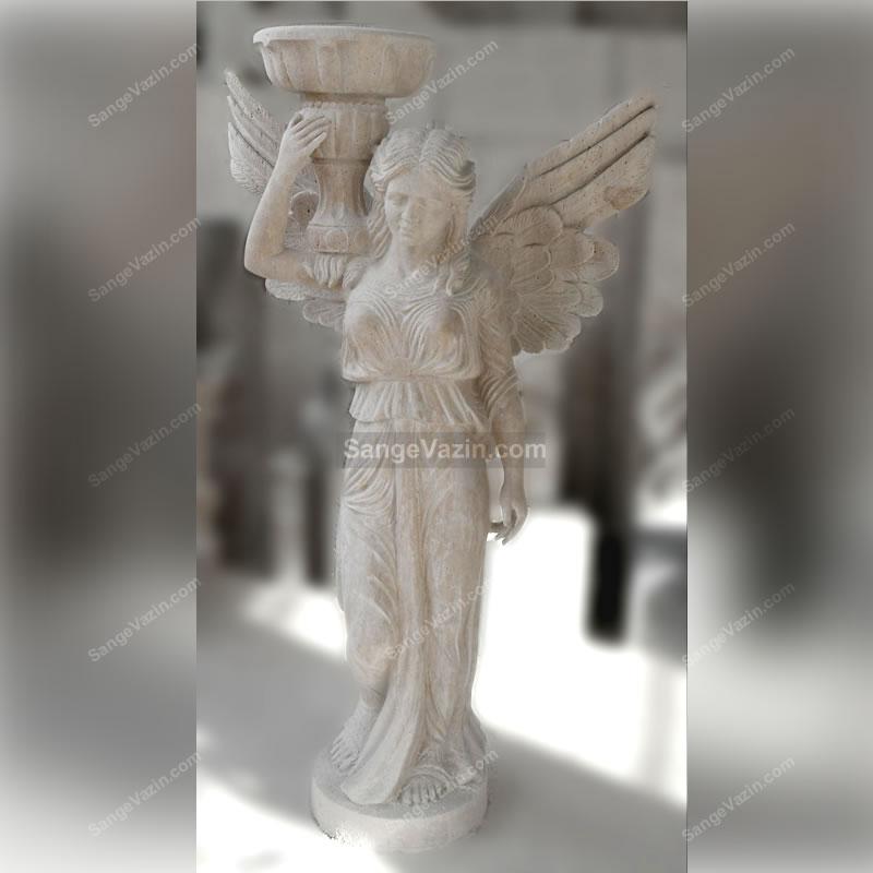مجسمه فرشته بالدار