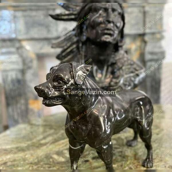 تندیس سنگی سگ