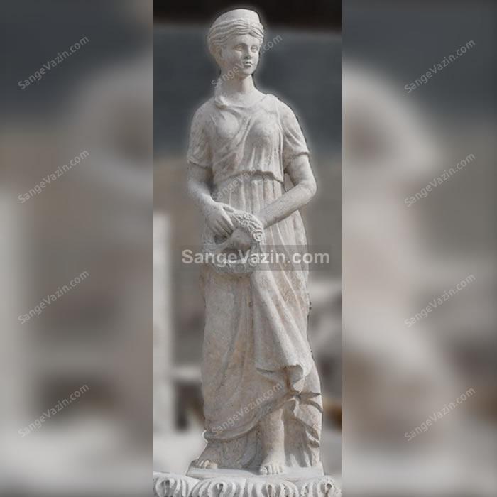 مجسمه زن