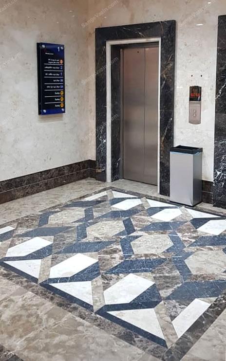 قاب سنگی دور آسانسور